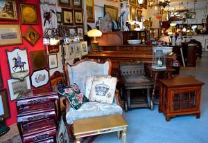 KADER - meble stylowe, klasyczne, antyki, lampy, stoły, art deco